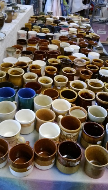 Local Sallies were given a mountain of Crown Lynn cups !! Crown_10