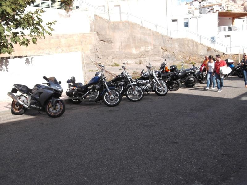 un moto almuerzo en la costa  25s6f110