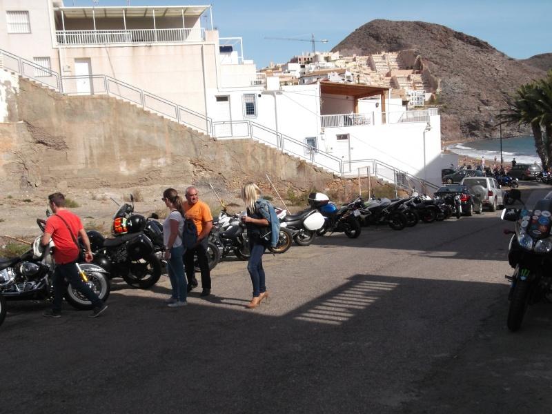 un moto almuerzo en la costa  2w6rxn10