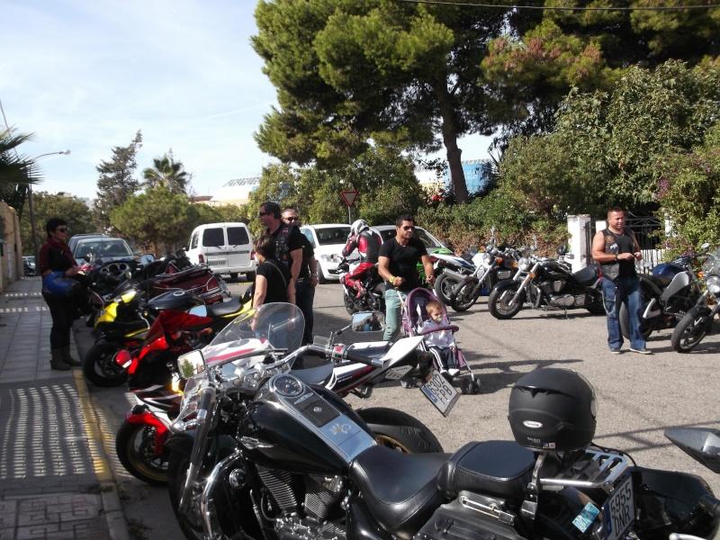 un moto almuerzo en la costa  Zxvvb10