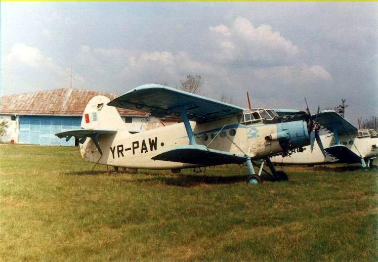 Antonov An-2 - Pagina 3 Yr-paw10