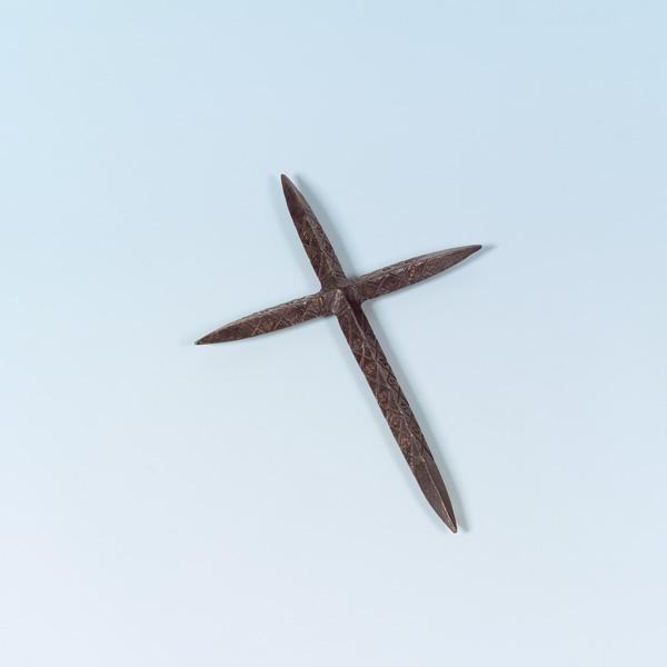 [Artefacts] haches à lancer, croix à lancer ( 14e-17e) Tyrol_10