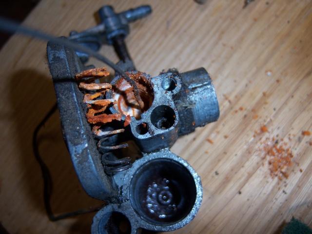 Como limpiar el carburador de la Moby. 100_2410