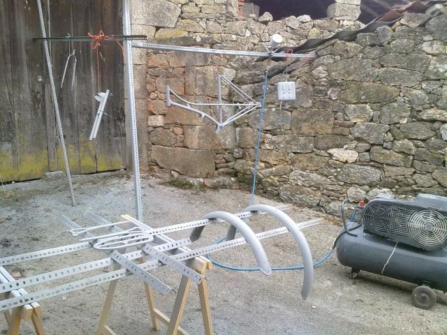 """Restauración de """"la bisi"""" Mobylette AV 63 - Página 3 22082010"""