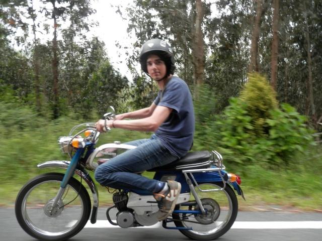 Vuelta a Galicia en ciclomotor  310