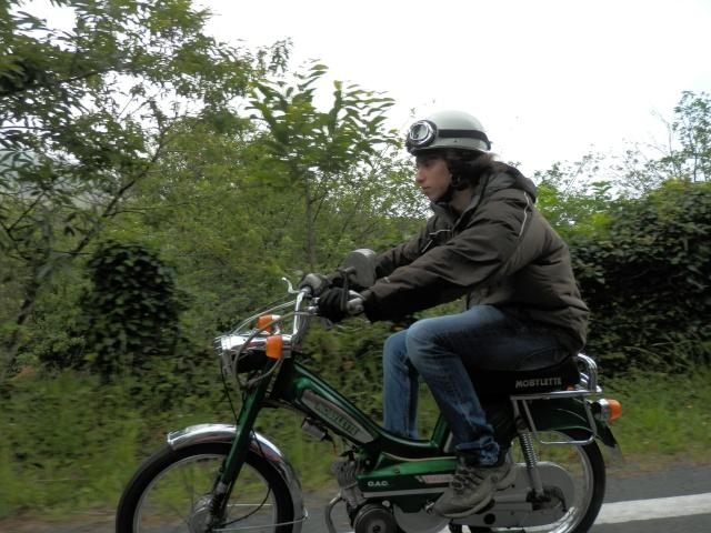 Vuelta a Galicia en ciclomotor  410