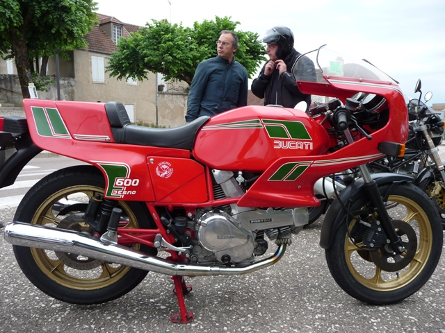 Ducat' chaispasquoi ..... Duc310