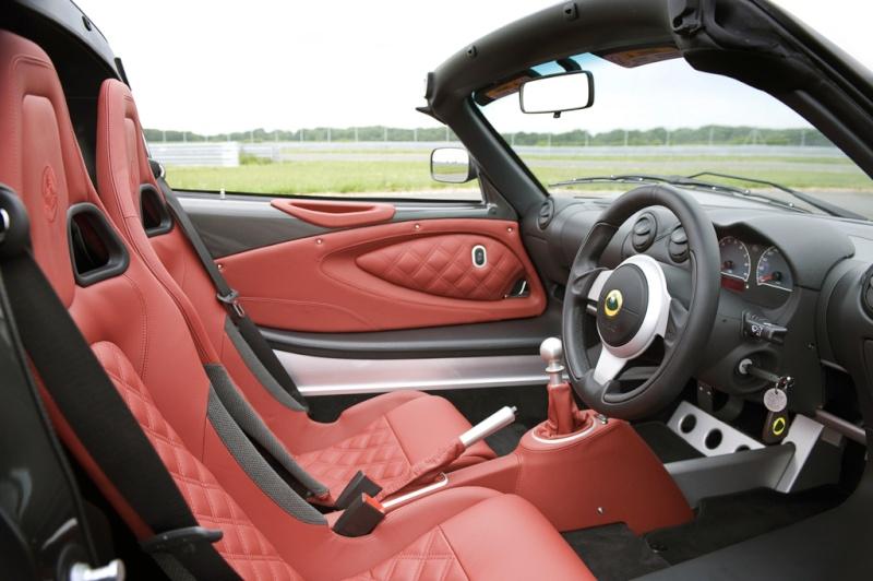 Su Elaborare di giugno prova su strada della Lotus Exige S Roadster  A_lotu19