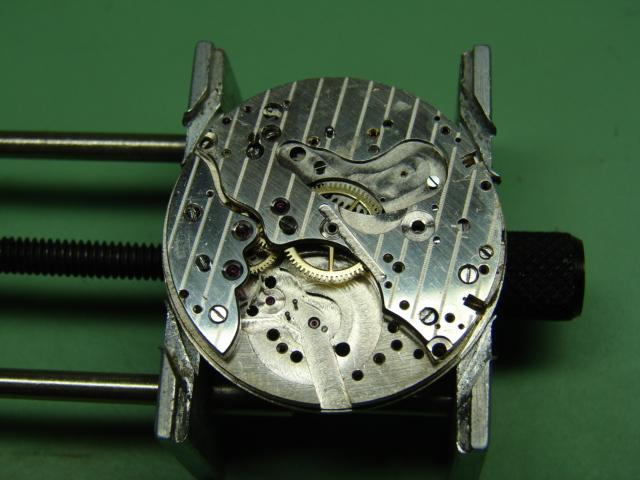 restauration landeron 48 boitier or rose 18k Dsc07512