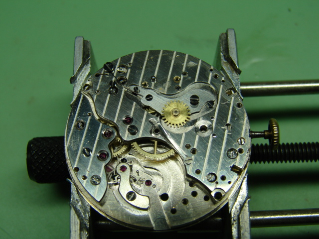 restauration landeron 48 boitier or rose 18k Dsc07515