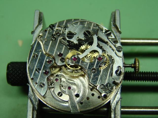 restauration landeron 48 boitier or rose 18k Dsc07518
