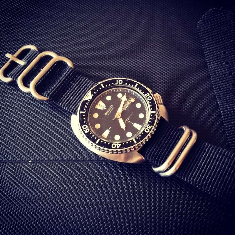 Feu de vos montres sur Nato Photo10