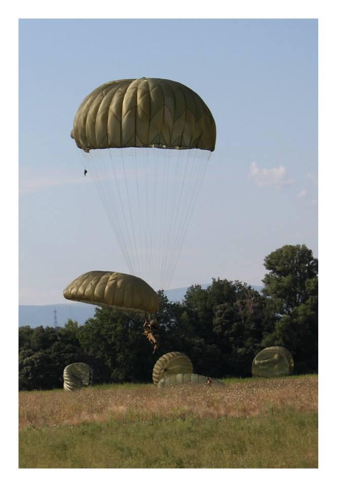 Le parachutage 11749310