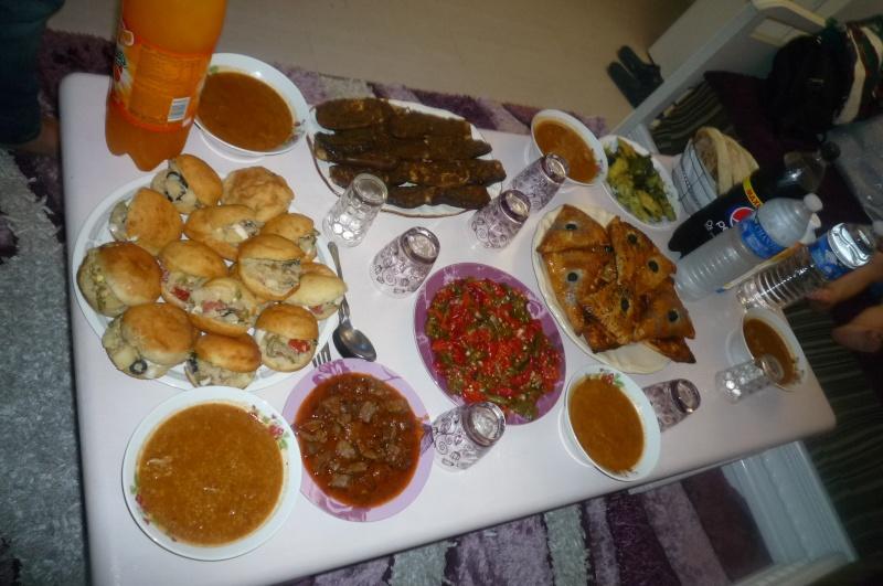 Nos tables du f'tour * Les dîners ramadanèsques* - Page 6 P1040121