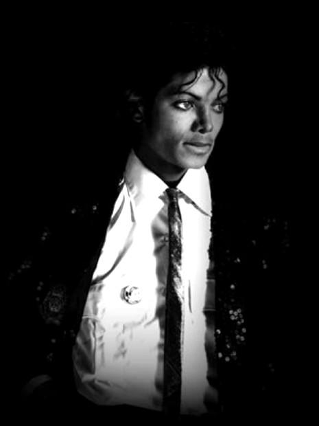 Il look di Michael Jackson Smokin10
