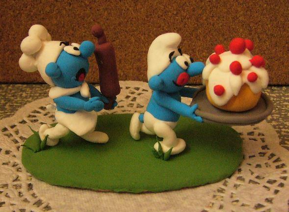 Petits schtroumpfs en pate polymère ( fimo , patarev, pate à modeler ....) Smurf212