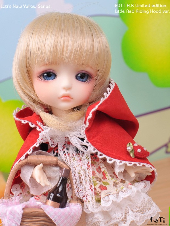 Yellow - H.K. Limited 2011 [Little Red Riding Hood ver. The girl Lea] Yellow39
