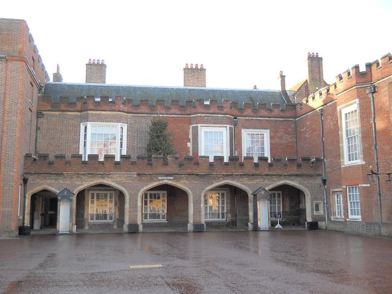 ...  à Londres, Saint-James Palace Dscn6935
