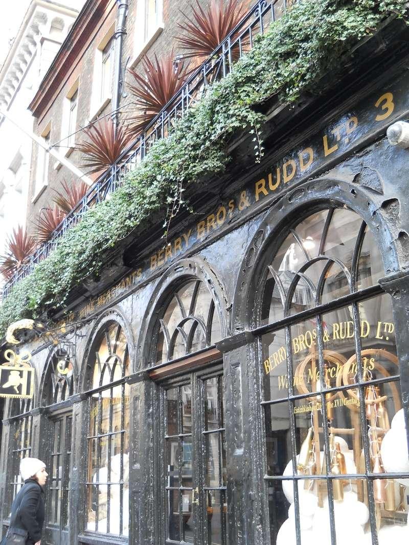 ...  à Londres, Saint-James Palace Dscn6943