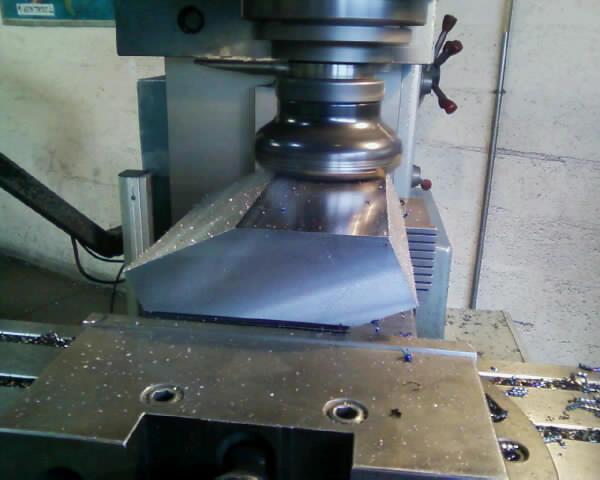 [REALISATION] et conception complète d'une fendeuse hydraulique de 27 Tonnes Photo_15