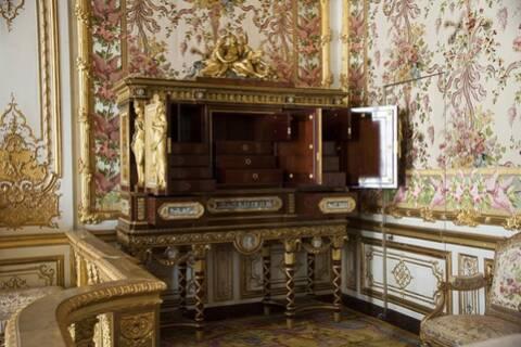 Le serre bijoux de la chambre de la reine, à Versailles