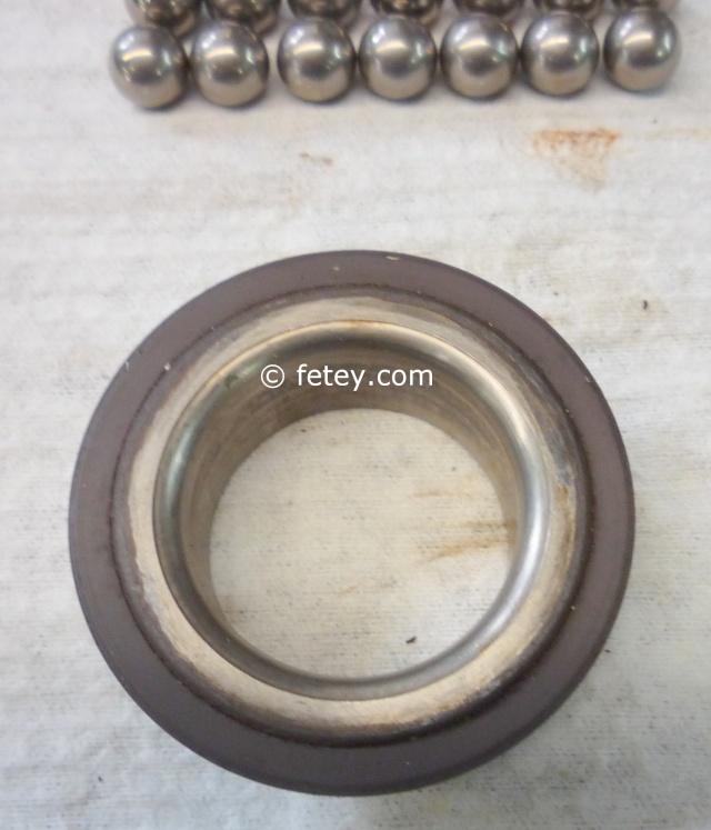 Capteur abs magnéto résistif Ford / Tone wheel Mazda démontés, roue encodée P1100124