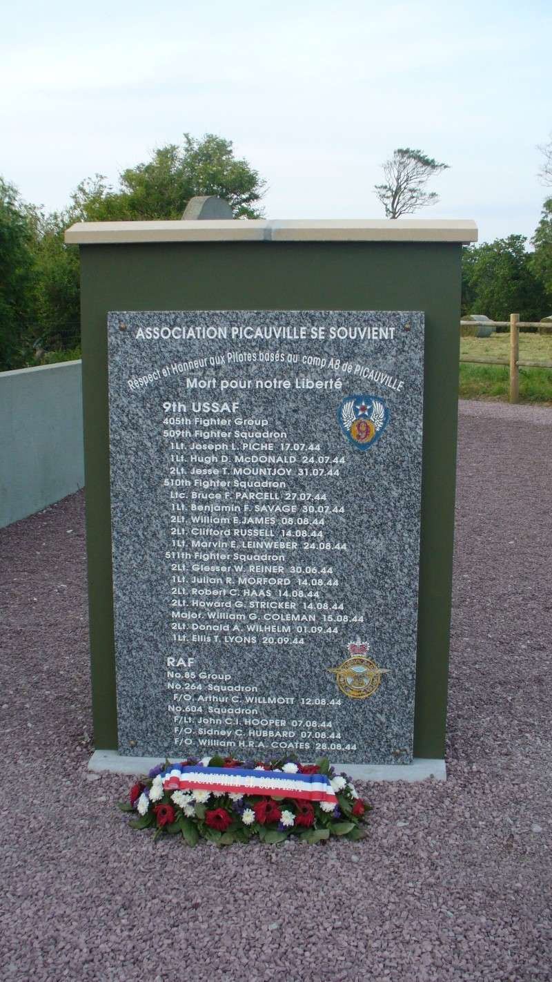 Monument WW2 - Picauville ( Normandie ) P1160122