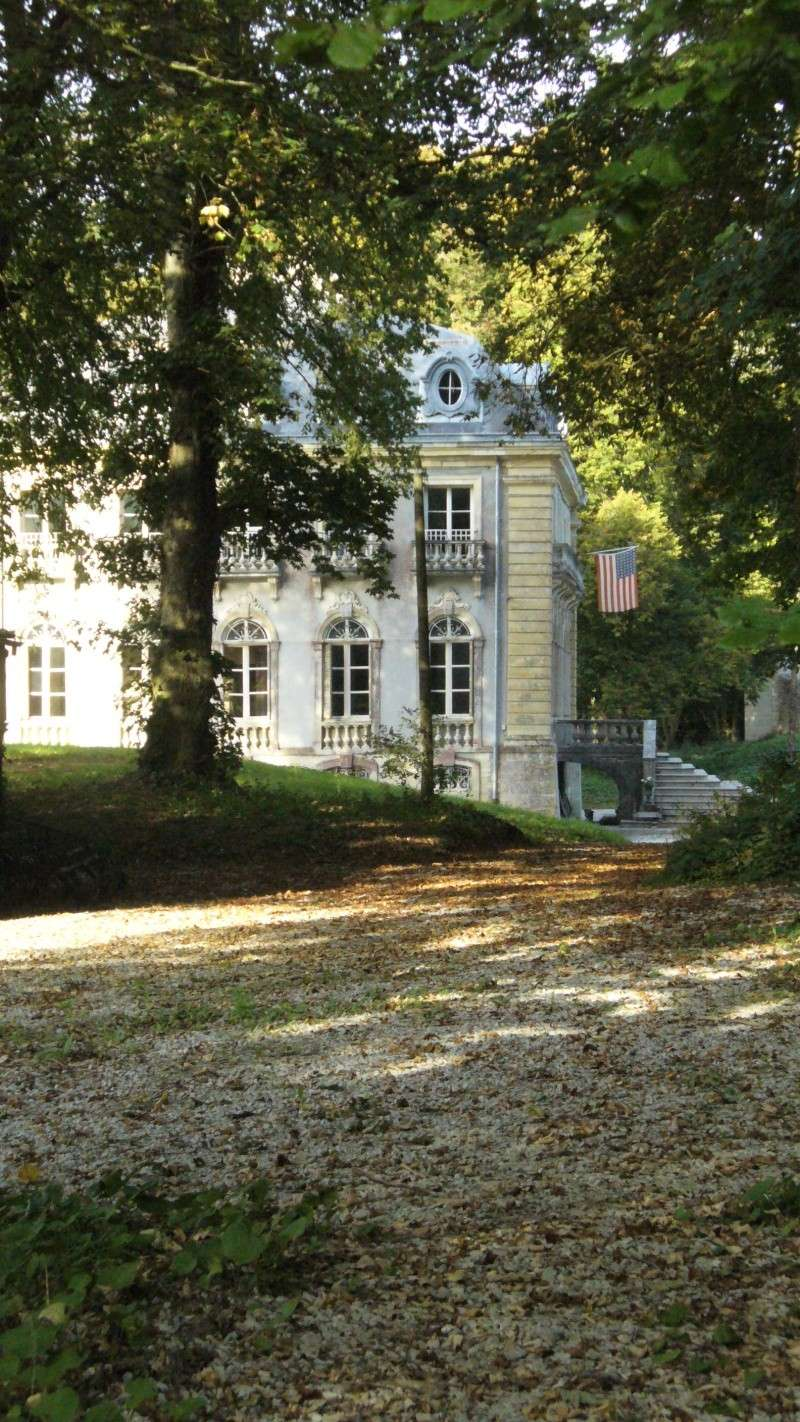 Monument WW2 - Picauville ( Normandie ) P1170818