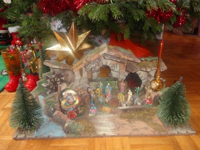 Votre décoration de Noel - Page 5 Dsc02011