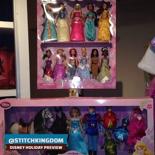 Disney Store Poupées Limited Edition 17'' (depuis 2009) - Page 6 10342410