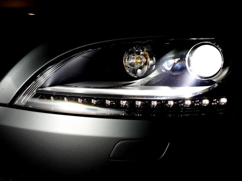 [Greg91] Audi TT 3.2 V6 S-tronic - Page 6 Led_210