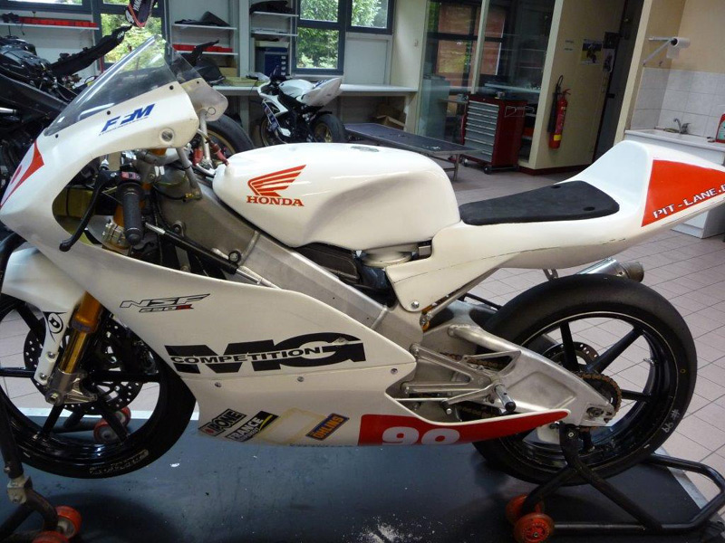 [Pit Laners en course!] Enzo Boulom ( Moto 3 Red Bull / FSBK) P1040111