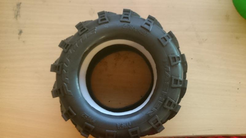 """[Astuce] Monter des pneus 2.8"""" sur des jantes Maximizer 3.2"""" Dsc_0315"""