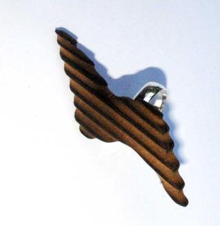 [créa. bois]Sculpture d'art moderne où le feu se lie a l'outil  Imgp3216