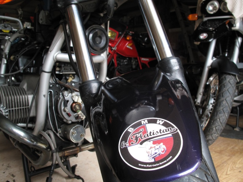 Une R100R Flatistanaise........    - Page 3 Img_1313