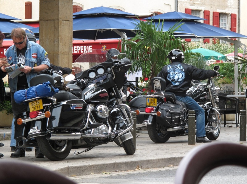 Une R100R Flatistanaise........    - Page 6 Img_1528