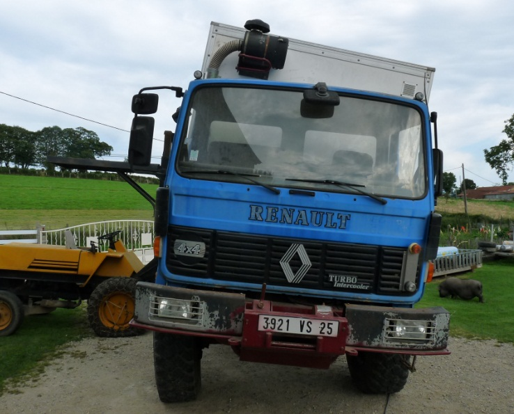 camping car à partir d'un Renault 110-170 4x4 : Ver1310