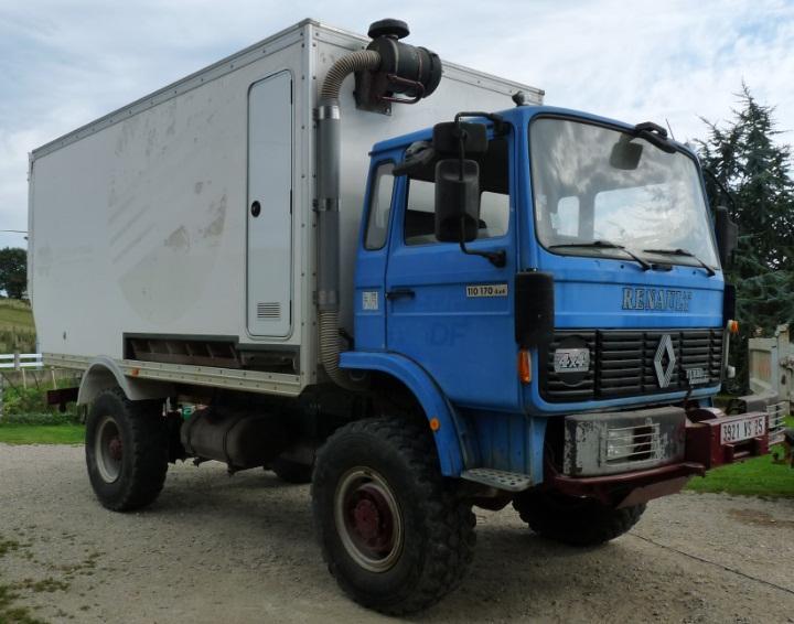 camping car à partir d'un Renault 110-170 4x4 : Ver7110