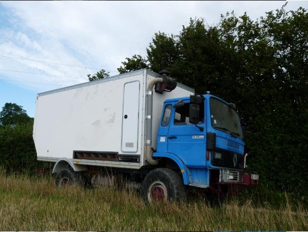 camping car à partir d'un Renault 110-170 4x4 : Ver810