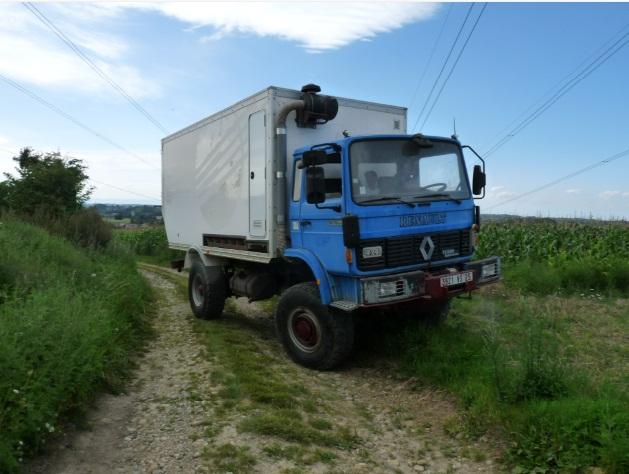 camping car à partir d'un Renault 110-170 4x4 : Ver910