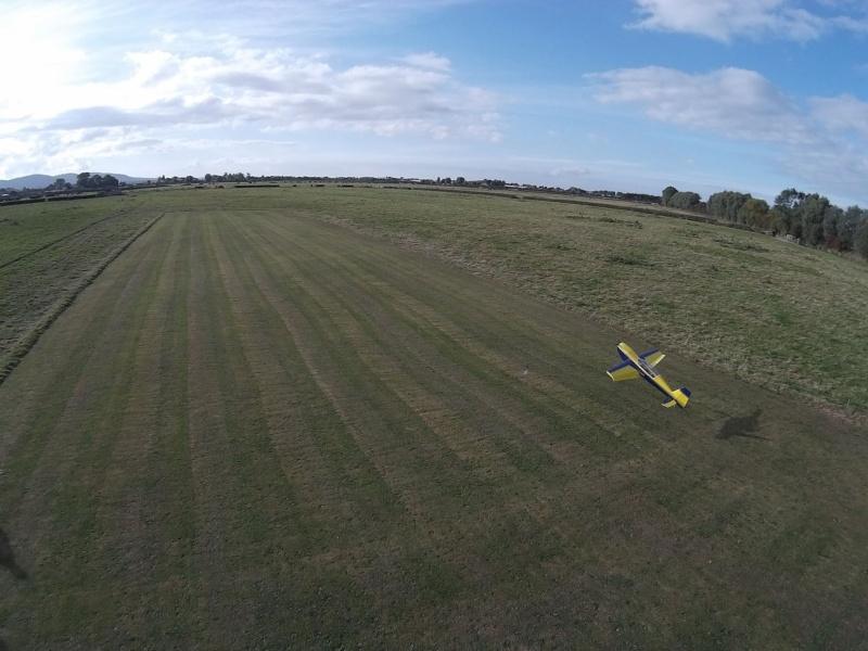 random Flying field pics - Page 3 Jem10
