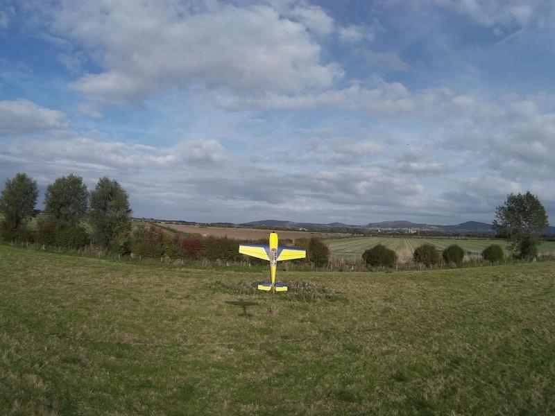 random Flying field pics - Page 3 Jem_210