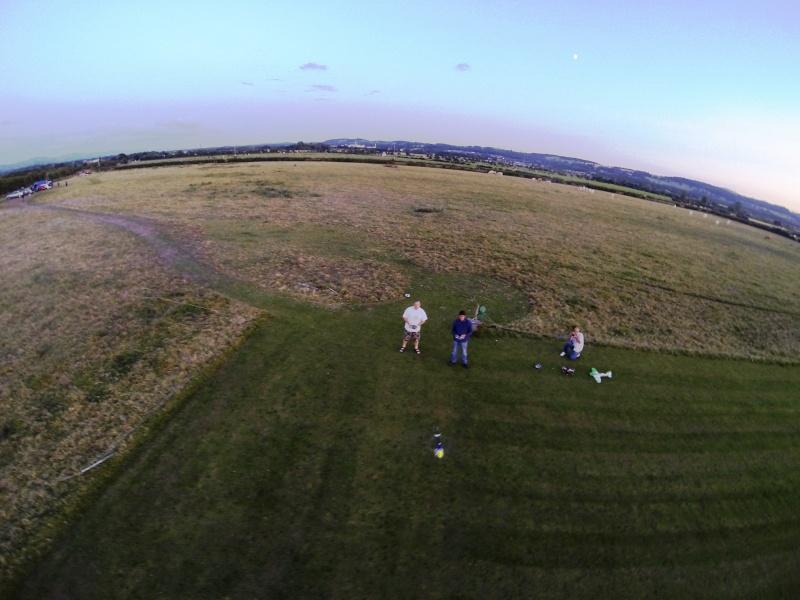 random Flying field pics - Page 3 G0011410