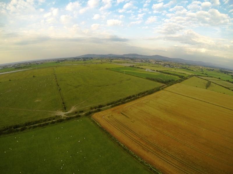 random Flying field pics - Page 2 G0012710