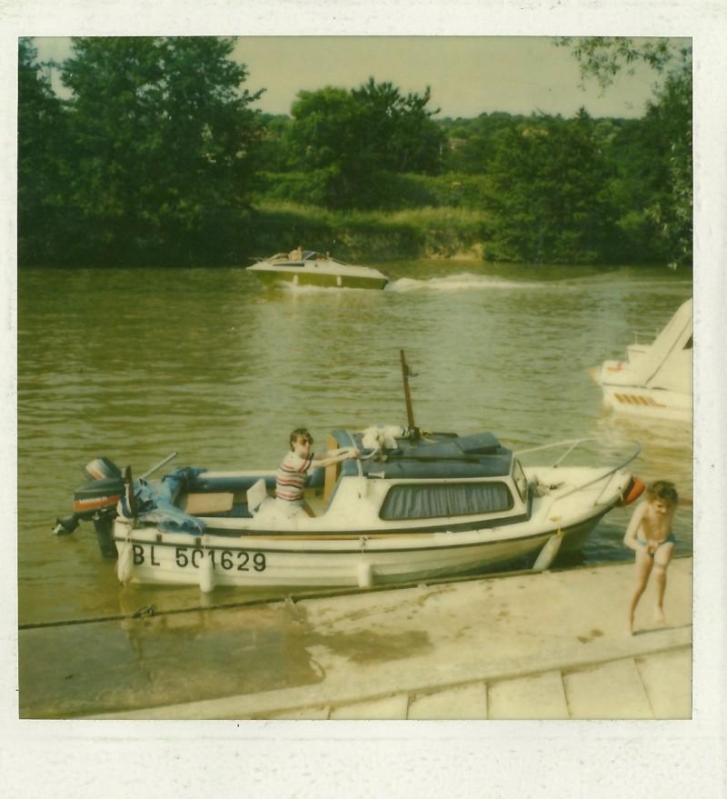 Présentez vos bateaux - Page 2 Bateau13