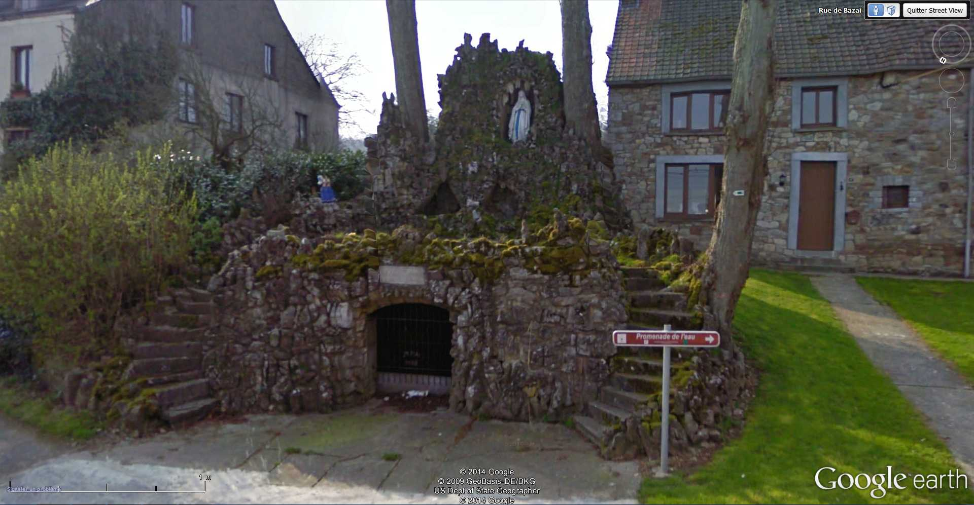 Les répliques de la grotte de Lourdes - Page 2 2014-342