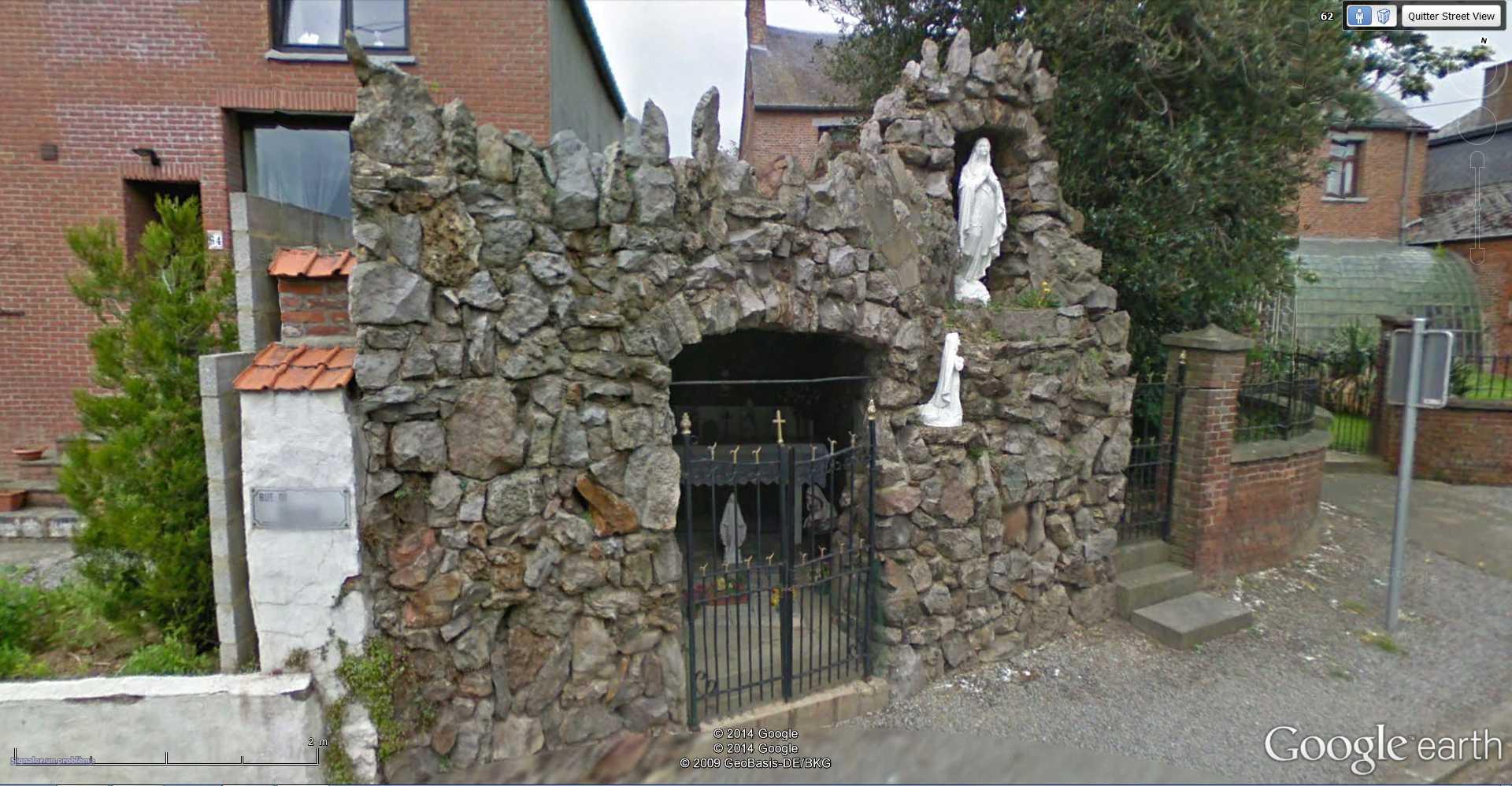 Les répliques de la grotte de Lourdes - Page 2 2014-363