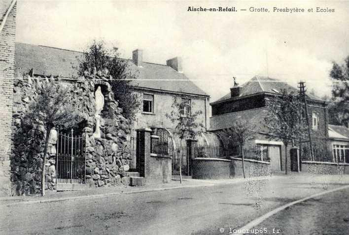 Les répliques de la grotte de Lourdes - Page 2 2014-364