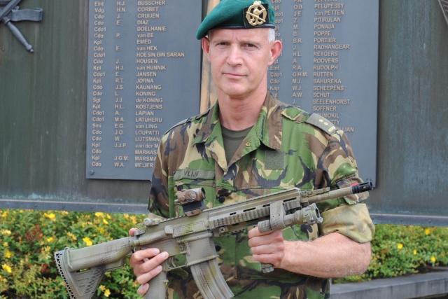 Les armes de l'armée Néerlandaise Hk204110
