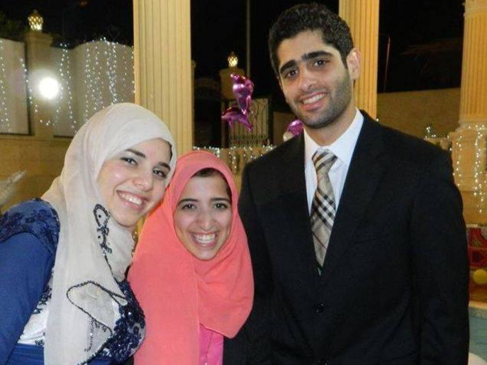 صور زوجة و ابناء و عائلة الرئيس المشير عبد الفتاح السيسي Caf58e10